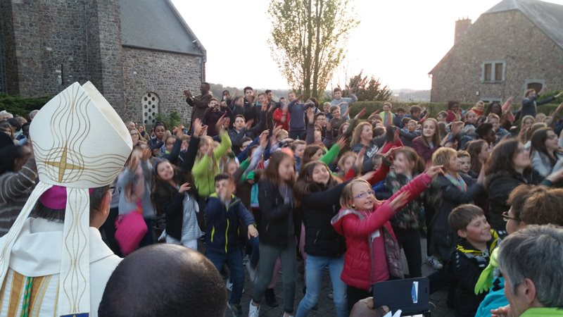 041117   Journee confirmands   Flashmob